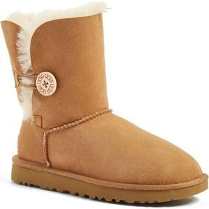 UGG Bailey Button II Boots Uggs Chestnut Tan